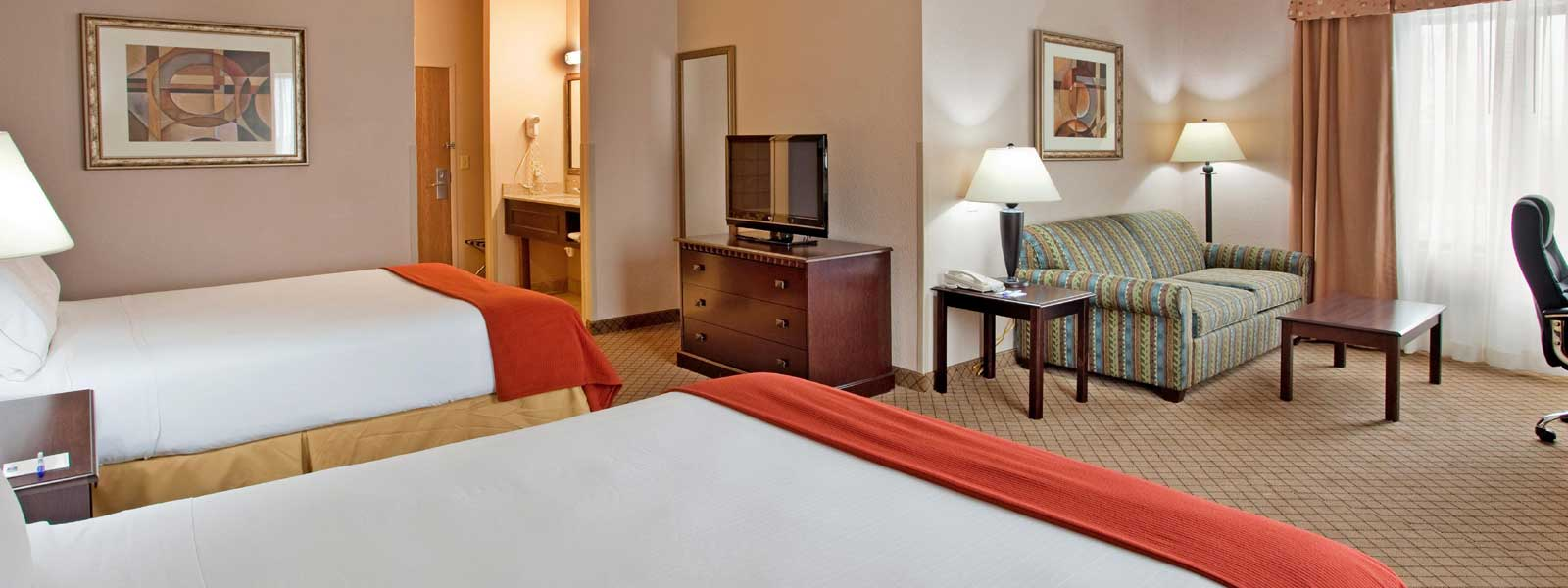 Holiday Inn Express & Suites Liberty Affordable Lodging in Kansas City Missouri Cheap Budget